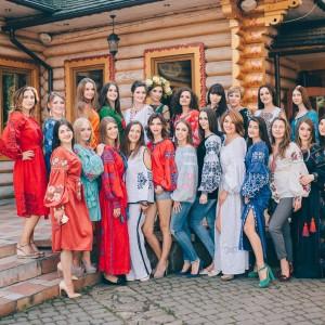 Фотографія в вишиванці: 26 жінок приміряли «Lelitka» до Дня Незалежності