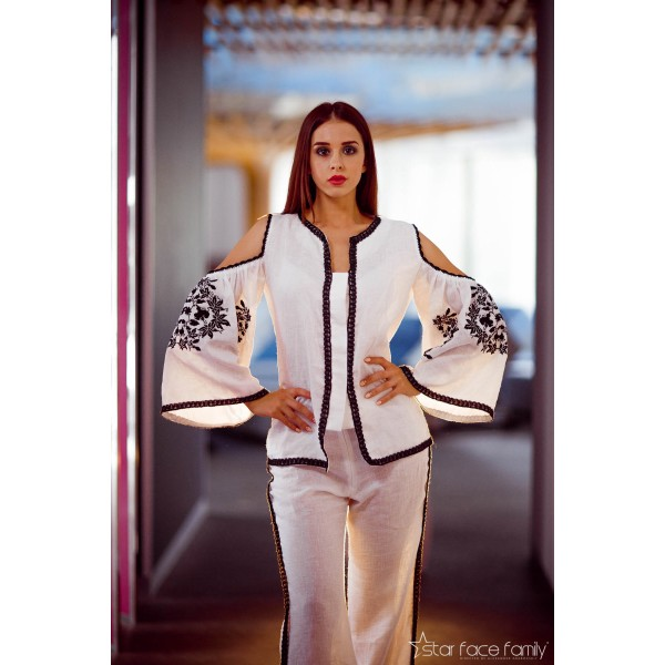 """Embroidered suit """"White & Black"""""""