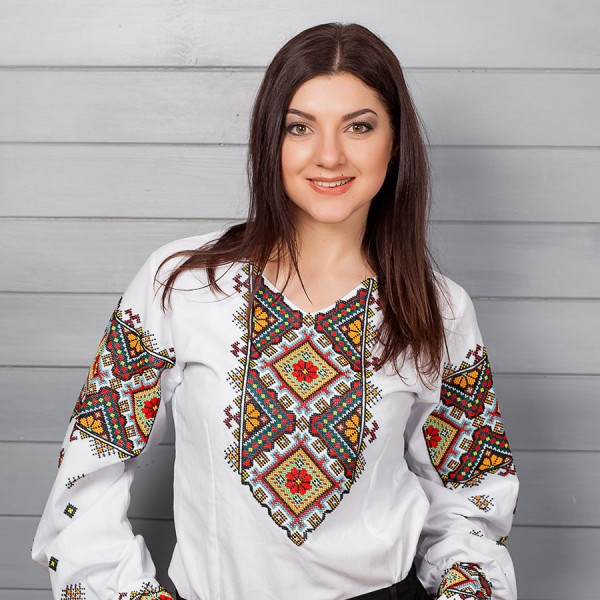 "Embroidered shirt ""Stylish Hutsulka"""